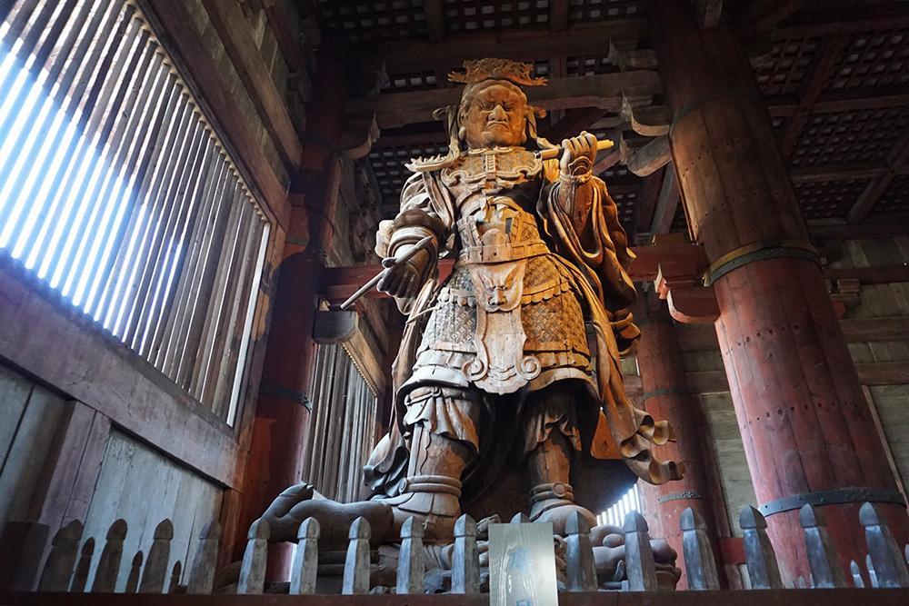 Koumokuten statue.